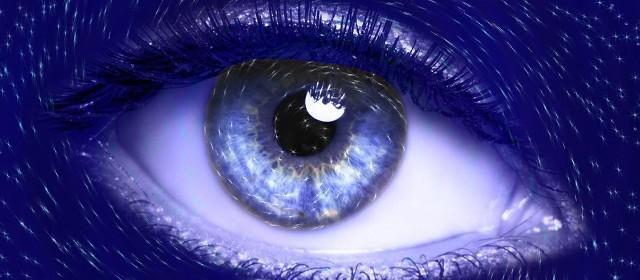 Video top secret con le lenti a contatto smart che rispondono ai movimenti dell'occhio
